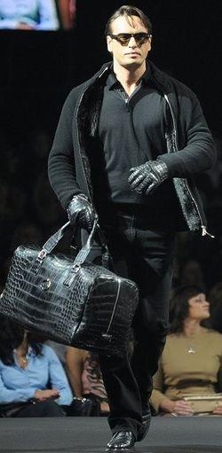 Очень вместительная сумка))