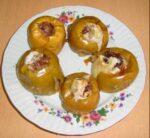 яблоки в духовке с медом и орехами