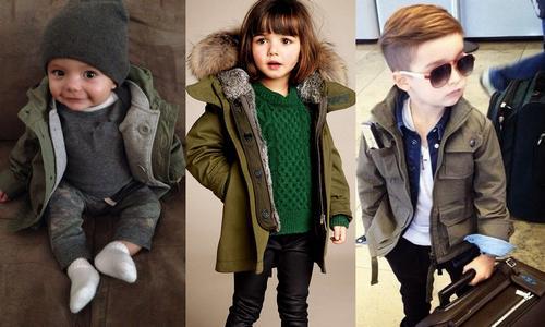 Дети в куртке парка