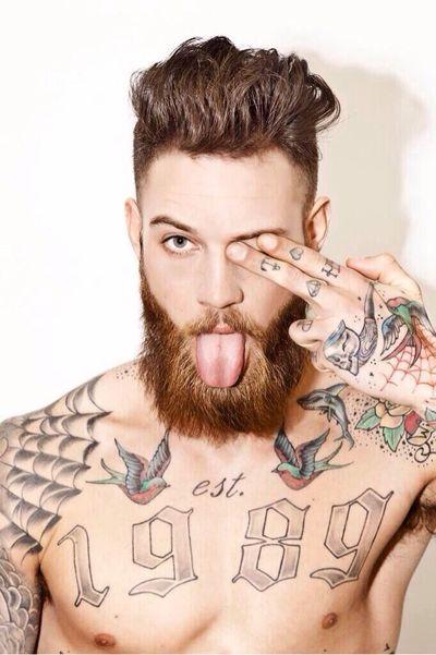 Татуировки и борода