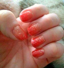 Гелевый лак-хамелеон для ногтей (термо-лак)