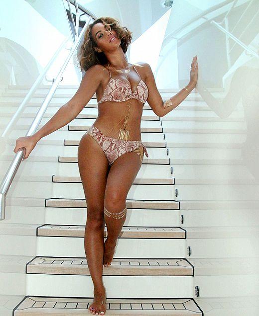 Beyonce - flash tattoos