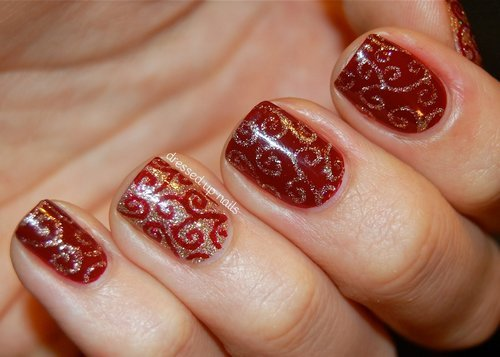 easy-christmas-nail-polish-ideas7