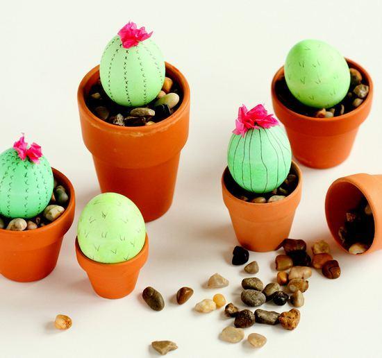 Яйца в виде кактусов на Пасху