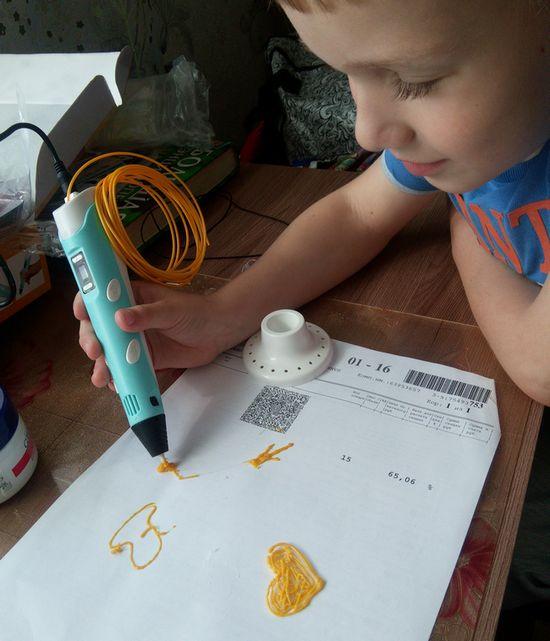 Мирослав с 3Д ручкой